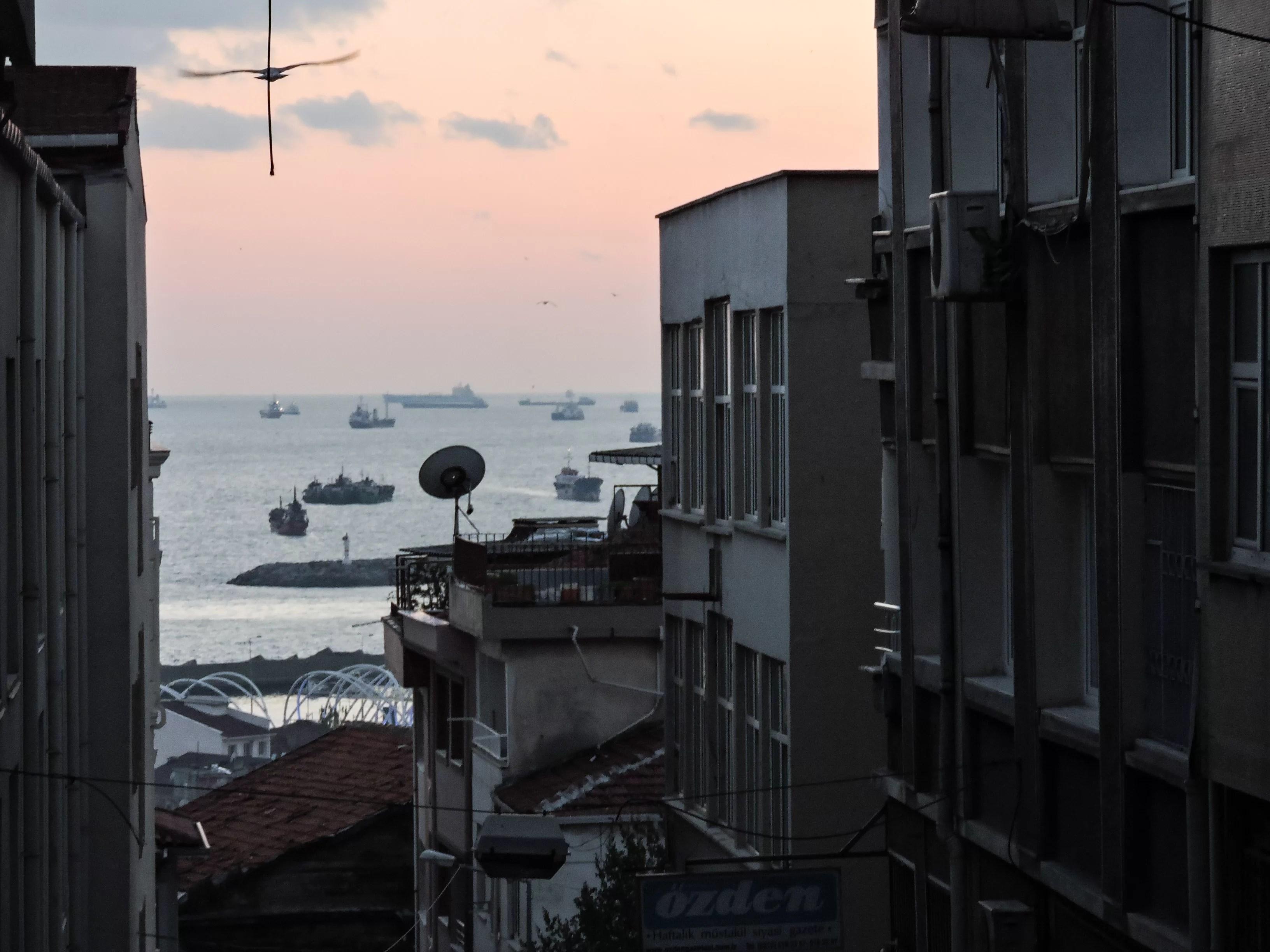 Il bosforo visto dall'alto di Beyoglu