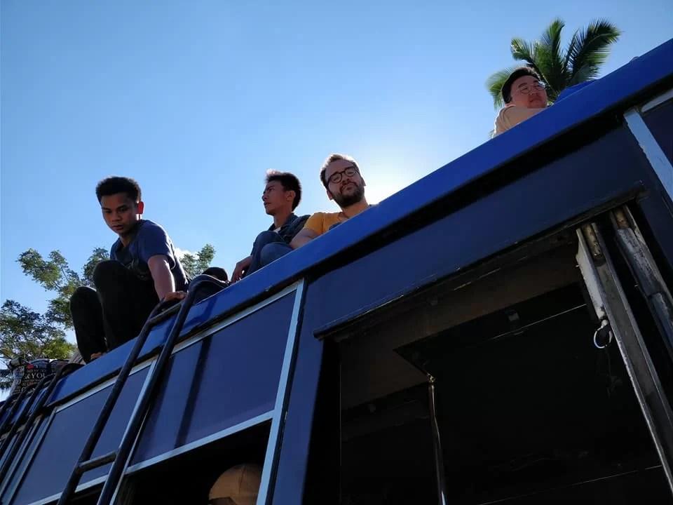 sul tetto del bus tra Tabuk e Tinglayan
