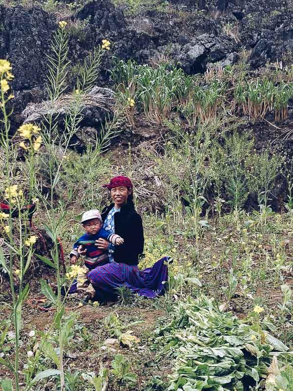 La vita rurale lungo il loop che abbiamo percorso ad Ha Giang può sembrare idilliaca