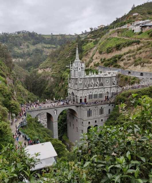 Las Lajas, il luogo di culto e pellegrinaggio cristiano a Ipiales in Colombia