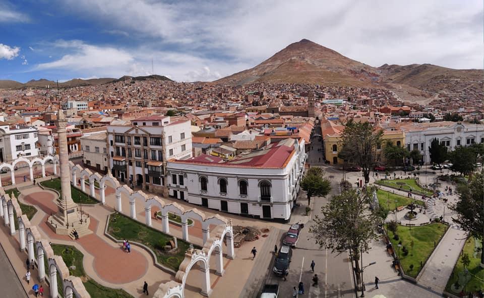 Vista del centro di Potosi in Bolivia
