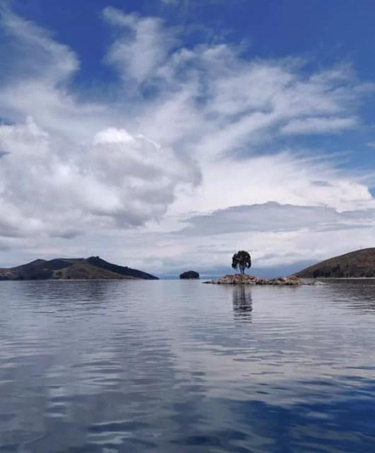 lago titicaca in Bolivia tra Copacabana e Isla del Sol