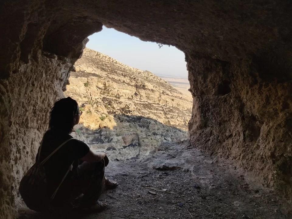 Monastero di Rabban Hormizd ad Alqosh: la montagna è costellata di celle scavate nella roccia dove i monaci si ritiravano