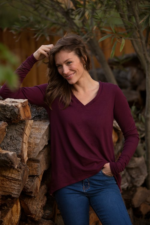 The Aurora Top_Zinfandel_Lifestyle_Small 2