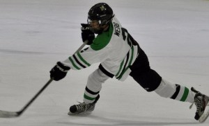 Prosper Varsity Ice Hockey Beats Highland Park 2-1