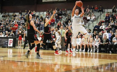 Lady Eagles Drive through Playoffs