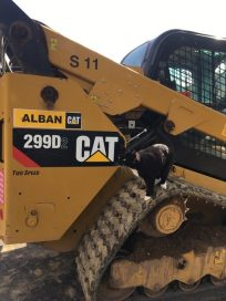 Clark, inspecting the Alban CAT up close.