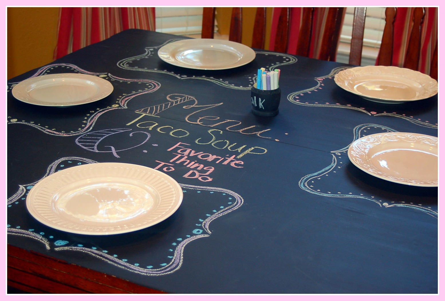 How To Turn Your Dining {or Any Other} Table Into A Work Of Art: