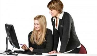 mentoring-women-300x188-400x230