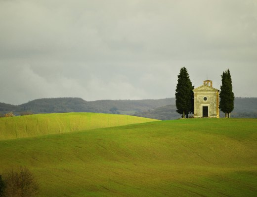 Tuscan-Church-Chapel-of-Vitaleta.-2