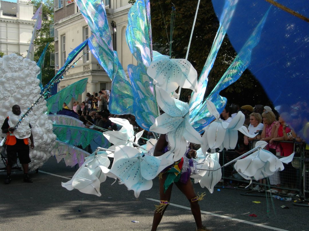 notting-hill-carnival-we-are-travel-girls-21