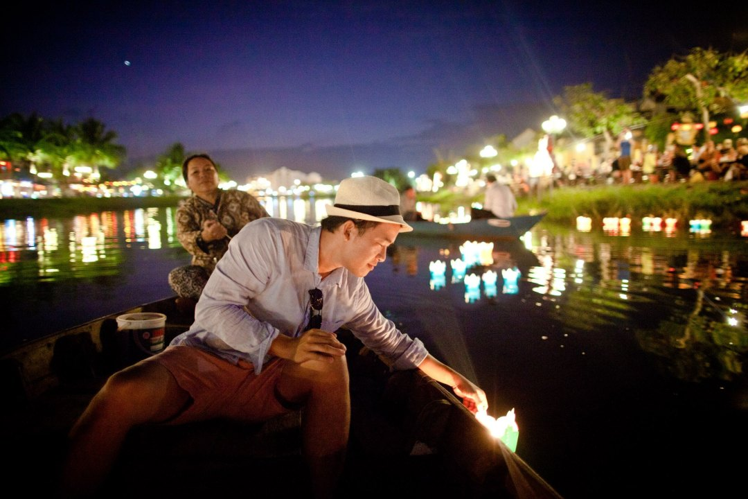 release-lantern-into-the-river-for-part-2