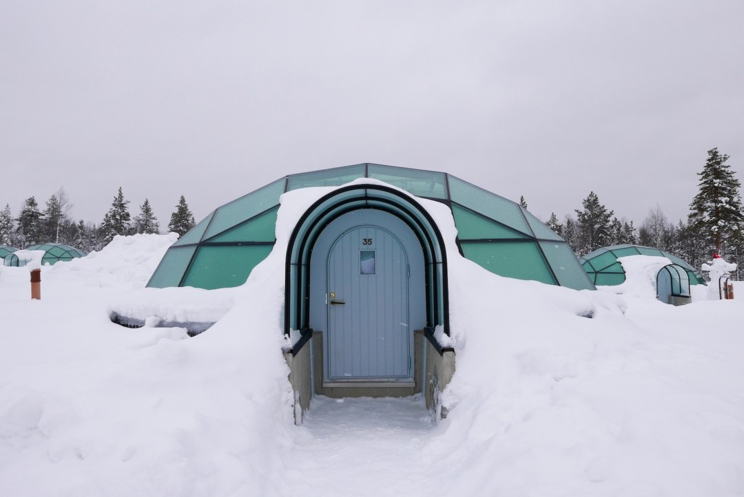 kakslauttanen-resort-igloo-lapland-21