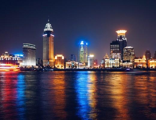 shangai-we-are-travel-girls-unsplash-image