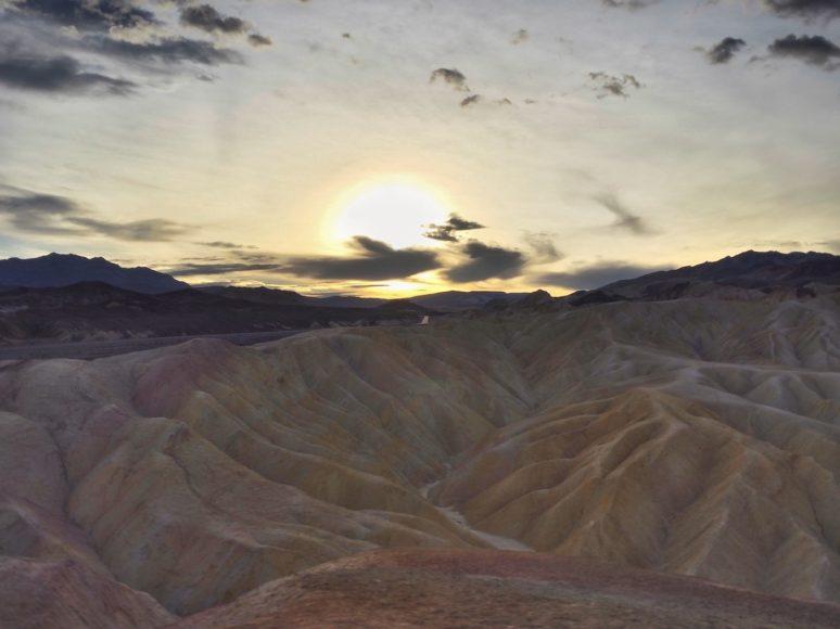 DEATH VALLEY CALIFORNIA/ A PHOTOGRAPHERS PARADISE Zabriskie-Point-Death-Valley