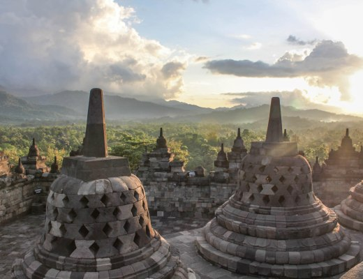 5 Places to see in Yogyakarta, Indonesia 12Borobudur-Yogyakarta-Indonesia