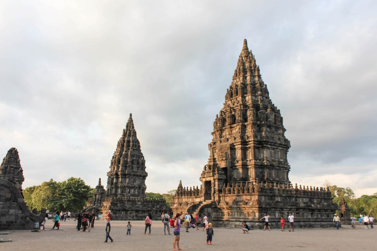 5 Places to see in Yogyakarta, Indonesia 4Prambanan-Yogyakarta-Indonesia