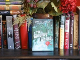 The Gloomy Ghost: A Monsterrific Tale (A Monsterrific Tale #5) by David Lubar