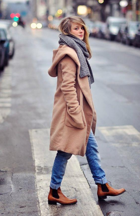 Écharpe pour un manteau à capuche