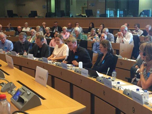 Martin ter Denge sprekt den EU too. (Foto: Annie Schreijer)