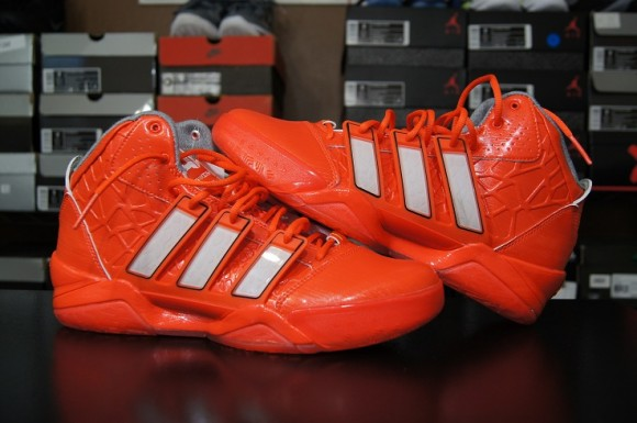 the best attitude a3126 26e15 First Impression adidas adiPower Howard 2