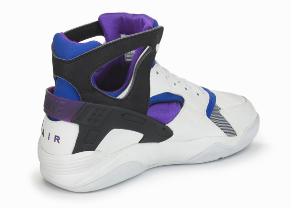 20-Nike-Basketball-Designs-that-Changed-the-Game-Nike-Air-Flight-Huarache-24 cf11c75080