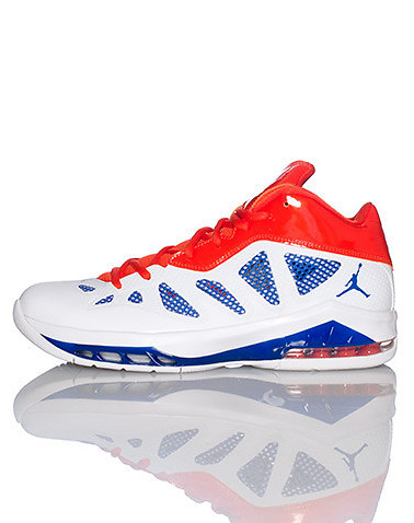 sports shoes d3352 1bca1 Jordan Melo M8  Home  – Available Now