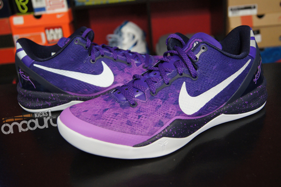 5af60346149d Nike-Kobe-8-SYSTEM-Purple-Gradient-Detailed-Look-Review-1 - WearTesters