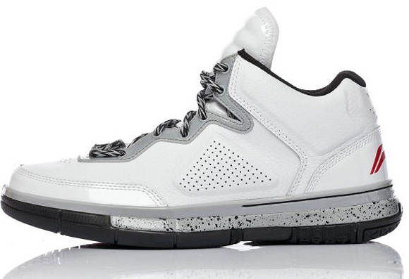 pretty nice 8edf8 5a7df Top 10 Performing Low Top Basketball Shoes 6