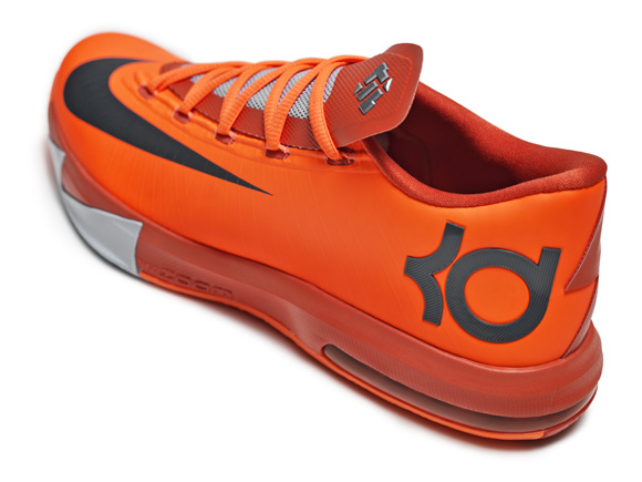 57cb4c03decf KD VI NYC 66 SALUTES REMARKABLE HARLEM PERFORMANCE 7 - WearTesters