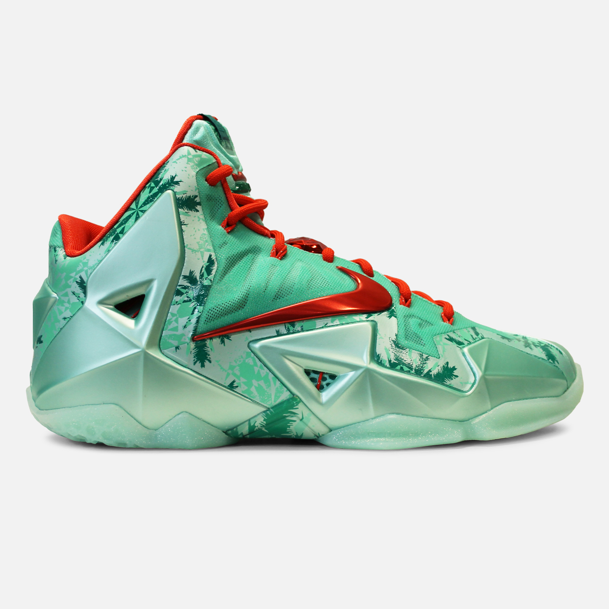 Nike LeBron 11 \'Christmas\' - Restock @Shoe_Palace - WearTesters