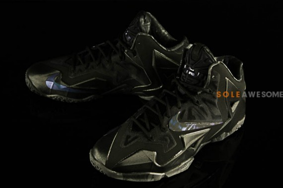 d22dba26e09 Nike Lebron 11  Blackout  - WearTesters