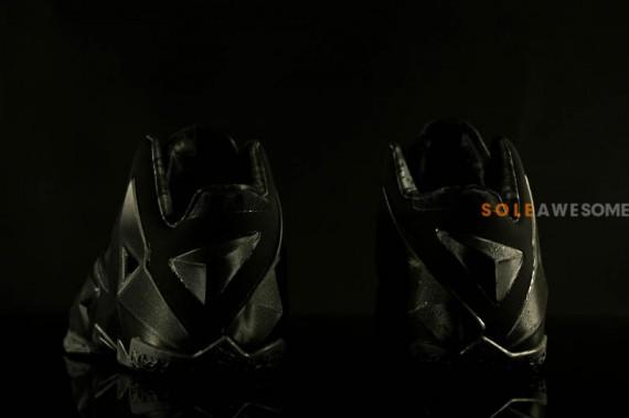 sports shoes 4c9cf a0c95 nike-lebron-11-blackout5