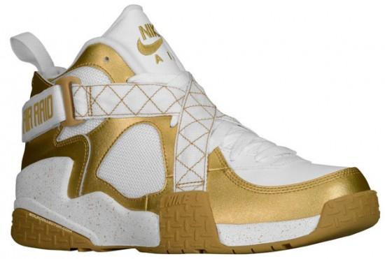 more photos d8de2 40472 Nike Air Raid – Metallic Gold   White - WearTesters