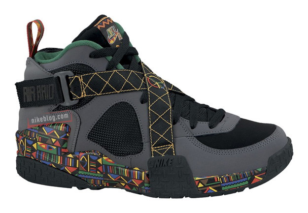 the latest daeb7 51aca Nike Air Raid  Peace  1