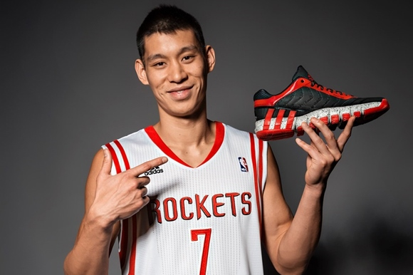 Jeremy Lin Debuts adidas Crazyquick 2 Low - WearTesters 51d29a038