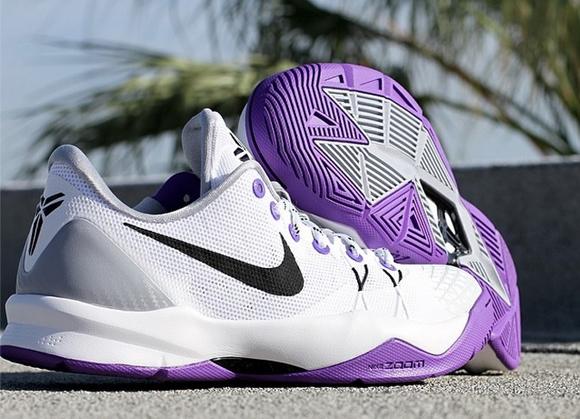 reputable site 7a55e 2b2fe Nike Zoom Venomenon 4  Inline