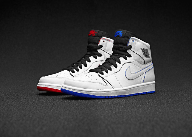 c55b595de816 Nike SB x Jordan 1