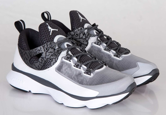 aba98cf3d5e0 Jordan Flight Runner -  White Black Anthracite  - WearTesters