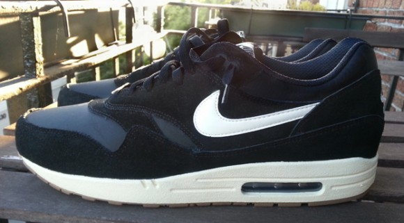 super popular 48ea8 5fd31 Nike Air Max 1 Black Sail-Gum- First Look ...