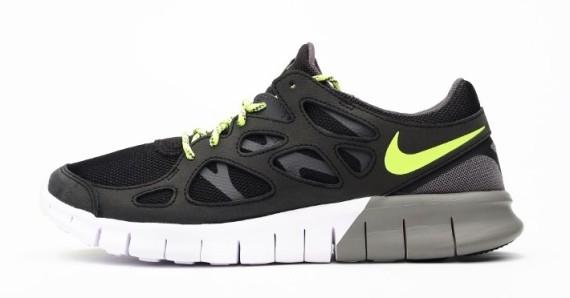 new style 4aca5 9374b Nike Free Run 2 EXT Black Volt 1