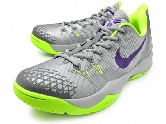 e1b58a469791 Nike Zoom Kobe Venomenon 4 - Wolf Grey Court Purple Volt - WearTesters