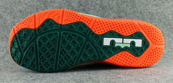 882723cd5361 Lebron 11 Low Biscayne - Quick Look - WearTesters