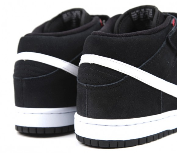 check out d0769 938fd Nike-SB-Dunk-Mid-Black-White-Gym-Red-5