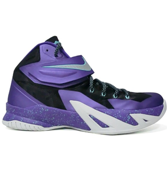12dc88bfd13 Nike Zoom Soldier 8  Summit Lake Hornets  - WearTesters