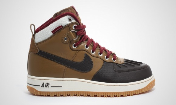 wholesale dealer 370b5 76e39 Nike Air Force 1 Duckboot is Back for Winter