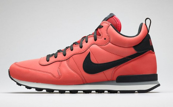 the latest b3277 d8328 Nike Internationalist Mid-11 ...
