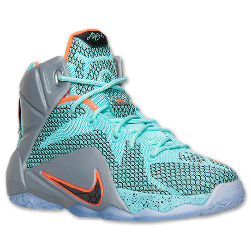 online retailer 379ca 0a625 Nike LeBron 12 Performance Review 6