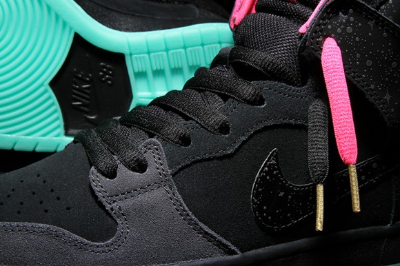 free shipping 7efe1 188e0 ... Premier x Nike SB Dunk High Premium  Northern Lights  - Detailed Look +  Release ...
