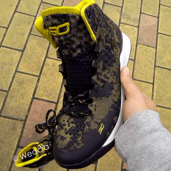 Under Armour Curry 1 Black: Yellow